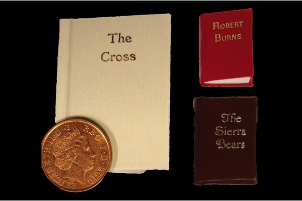 Gleniffer group Cross with penny
