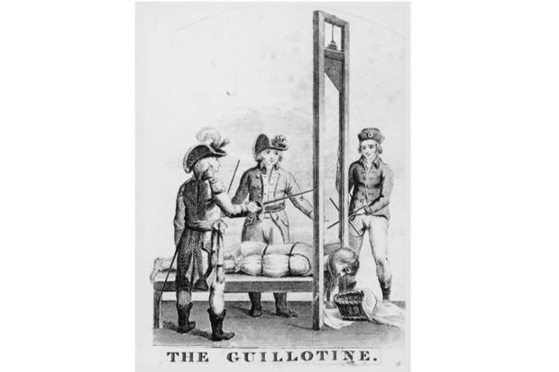 Guillotine-2-61f67ef