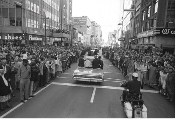 Crowds in Dallas, Texas, on 22 November 1963. (Photo by The Dallas Morning News)