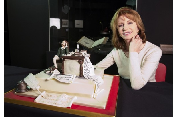 Jane_Asher_launches_Cakespeare_2_c_Victoria_and_Albert_Museum_London_1_0-5a29dff