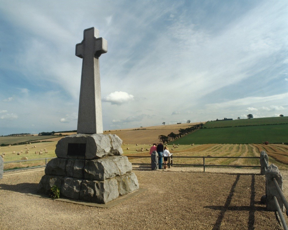 Memorial cross at Flodden Field, site of Battle of Flodden 1513, Northumberland, 1994. (Photo by English Heritage/Heritage Images/Getty Images)
