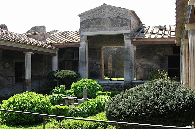 Roman garden at the House of the Golden Cupids, Pompeii. (Linda Farrar)