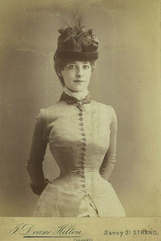 Portrait20of20a20young20woman20wearing20a20corset20under20her20dress2C20Victorian20fashion2C20circa201890s_0-6d6aa4e