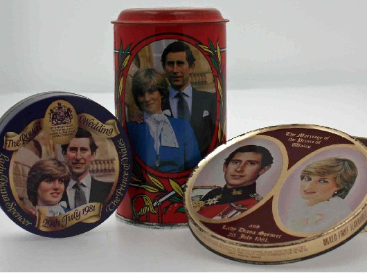Royal-wedding-souvenirs-b63bef2