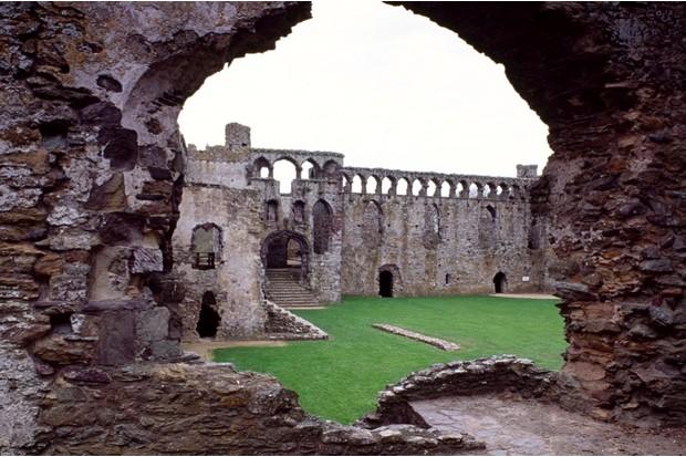 View of Saint Davids Bishop's Palace, Saint Davids, Pembrokeshire, Wales. (De Agostini Picture Library/G Wright/Bridgeman Images)
