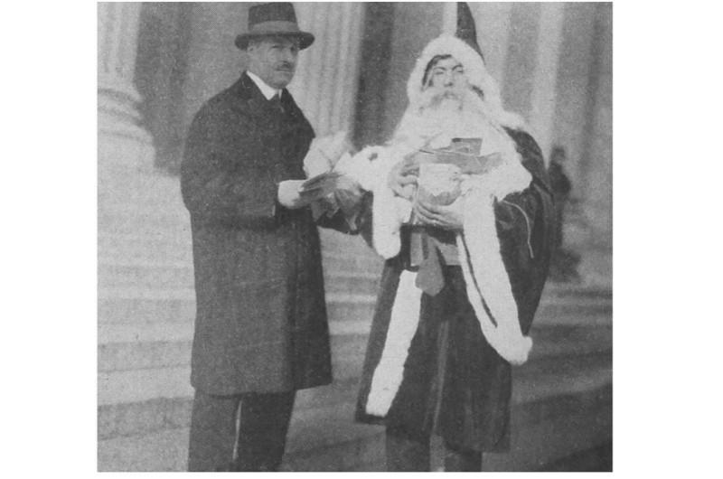 Santa-Claus-Man-2-d2fa500