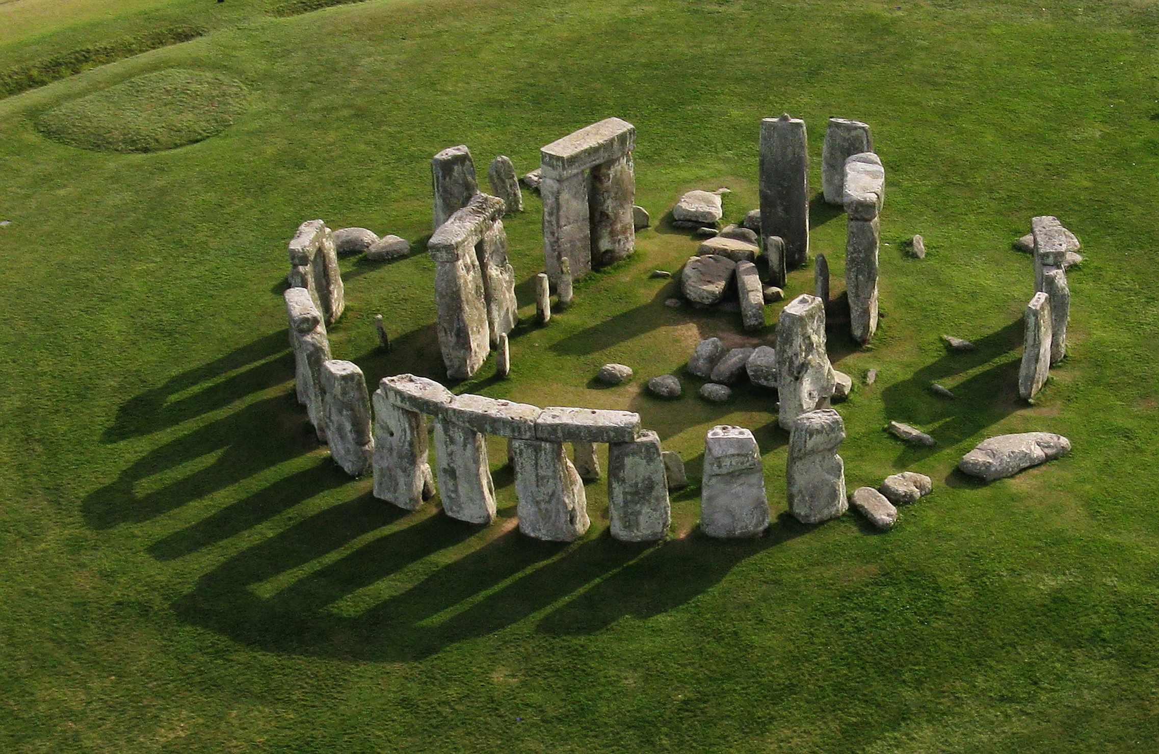 Aerial photo of Stone Henge