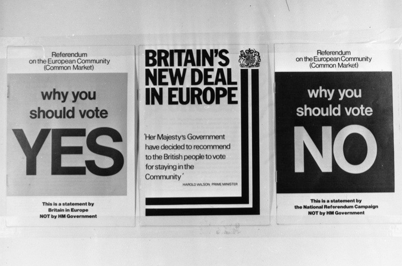 1st May 1975: Three documents, for and against, published for the referendum on the Common Market. The document 'Britain's New Deal in Europe' (centre) contains a recommendation by the government signed by prime minister Harold Wilson for Britain to stay in the Community. (Photo by Keystone/Getty Images)