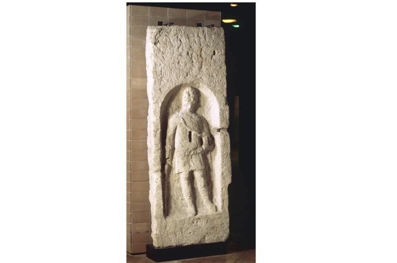 Tombstone-of-Vivius-Marcianus-2-79bc658