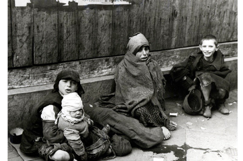 Warsaw-Ghetto-children-2-40d6e9c