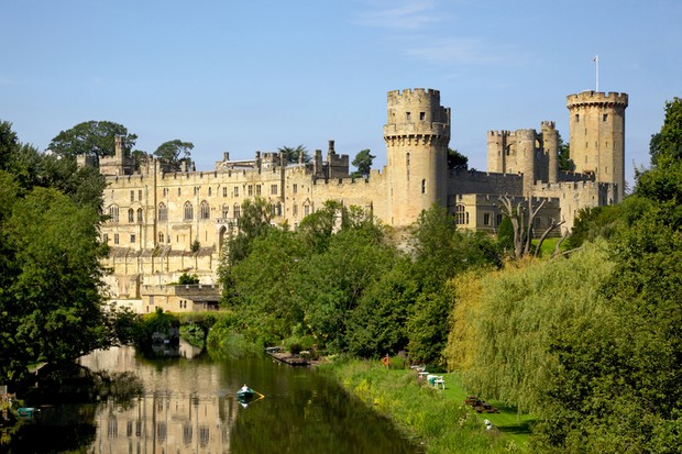 Warwick Castle. The first castle to appear on the site was a wooden motte and bailey constructed in 1068 at the command of William the Conqueror. (© David Steele/Dreamstime.com)