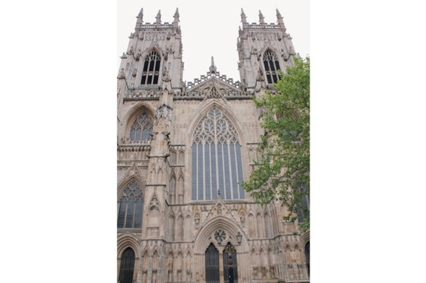 York-minster-image-2-9386a0a