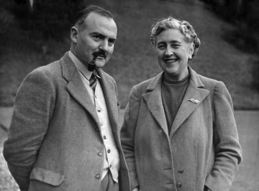 Agatha Christie and her second husband, archaeologist Max Mallowan, in 1946. (Photo by AFP/Getty Images)