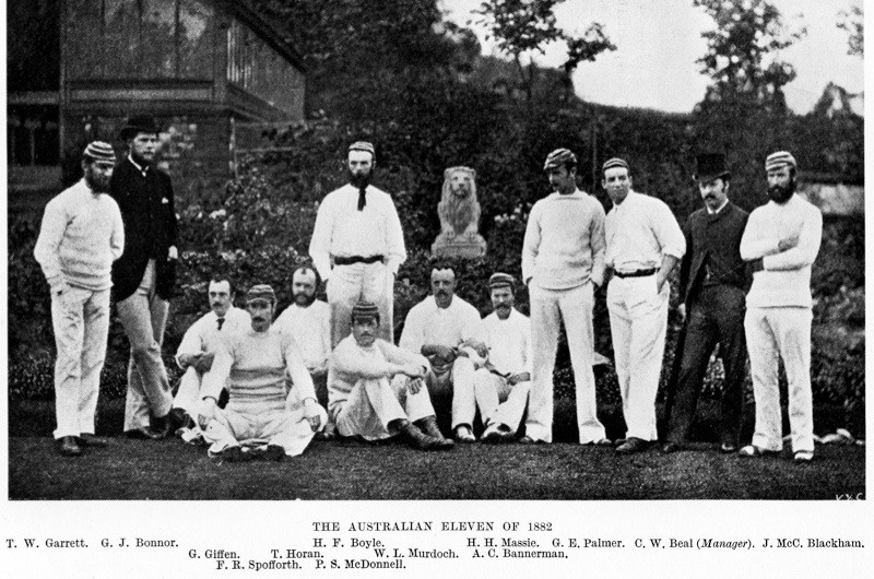 BDW39T The Australian XI of 1882, the cricket team toured England and won the only test at the Oval, the start of the Ashes legend. Image shot 1882. Exact date unknown.