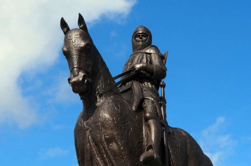 Robert the Bruce, famous for beating the English army of Edward II despite having far fewer troops, is commemorated at the 1314 battleground in Bannockburn. (Dreamstime)