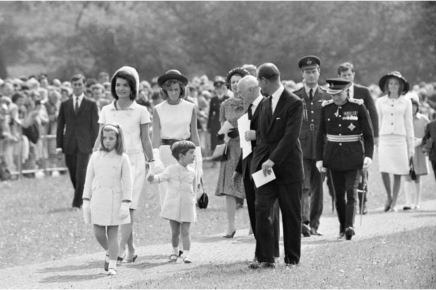 Jackie Kennedy and her children pay their respects at the president's memorial in Surrey, May 1965