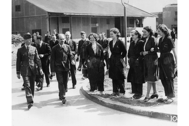 On 15 August 1940, the King visited the de Havilland factory at Hatfield to inspect the new DH.95 Flamingo. When at the site, he took a tour of the facilities accompanied by Geoffrey de Havilland. (BAE Systems)