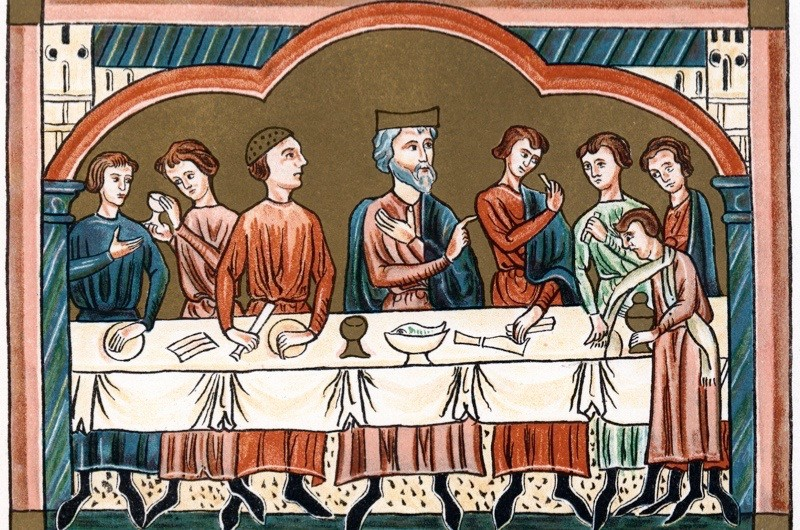 A Plantagenet king of England dining. The king depicted is possibly Henry II, who reigned from 1154-1189. Chromolithograph from medieval manuscript (Photo by Ann Ronan Pictures/Print Collector/Getty Images)