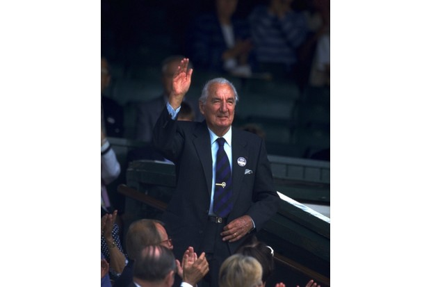 Perry waving to the crowds at Wimbledon before the 1993 final (Credit: Chris Cole / Staff /Getty Images)