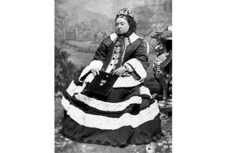 """Queen Victoria, who """"displayed a healthy enjoyment of food and drink throughout her life"""", says food historian Rebecca Earle. (Getty Images)"""