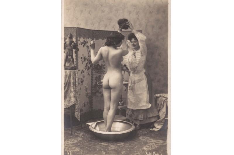 victorian-lady-washing-3c8886a