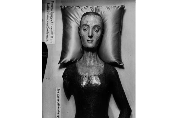 The effigy of Catherine de Valois