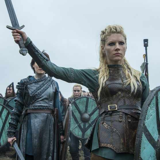Lagertha, portrayed by Katheryn Winnick, in season 4 of Vikings. (Credit: Jonathan Hession/History)