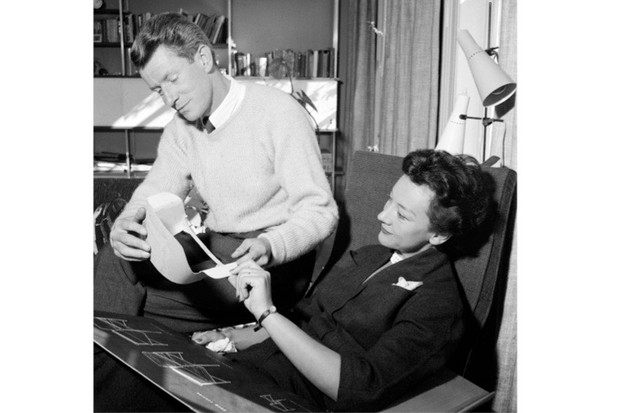 "Designer duo, husband and wife Robin and Lucienne Day, 1955. The pair ""were perhaps the greatest British man and wife design team there has ever been"", says Wayne Hemingway. (Photo by Trinity Mirror/Mirrorpix/Alamy Stock Photo)"