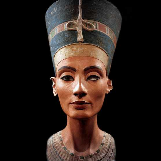 UNSPECIFIED - CIRCA 1754: Bust of Nefertiti (c1370- c1330 BC) Great Royal Wife (chief consort) to the Egyptian Pharaoh Akhenaten. Nefertiti and her husband were known for a religious revolution. They worshipped one god only, Aten, the sun's disc. (Photo by Universal History Archive/Getty Images)