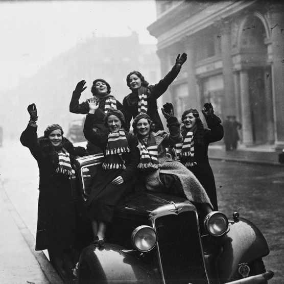Irish rugby fans in London for the international match between Ireland and England at Twickenham Stadium, 13 February 1937. (Photo by E Dean/Topical Press Agency/Getty Images)