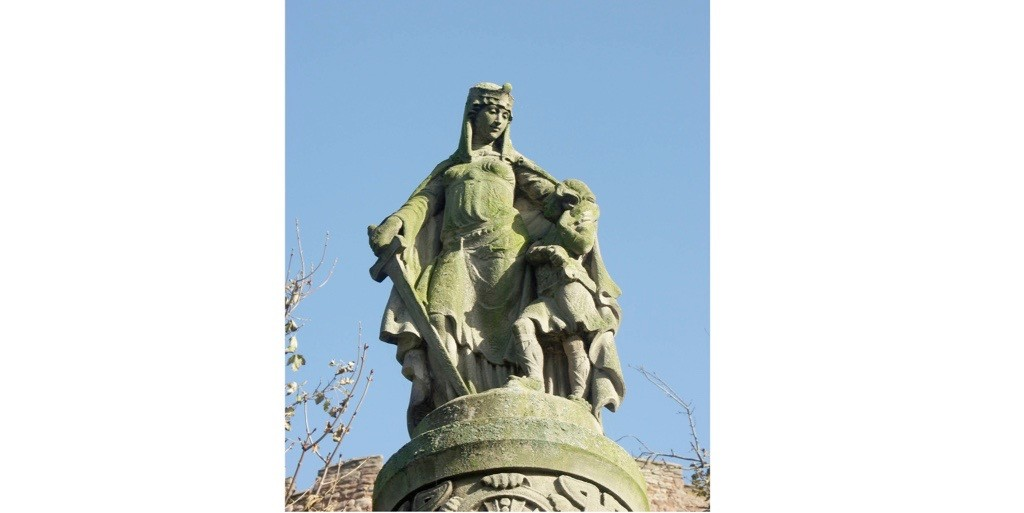 A statue of Æthelflæd which stands in the grounds of Tamworth Castle in Staffordshire. (Photo by Chris Gibson/Alamy Stock Photo)