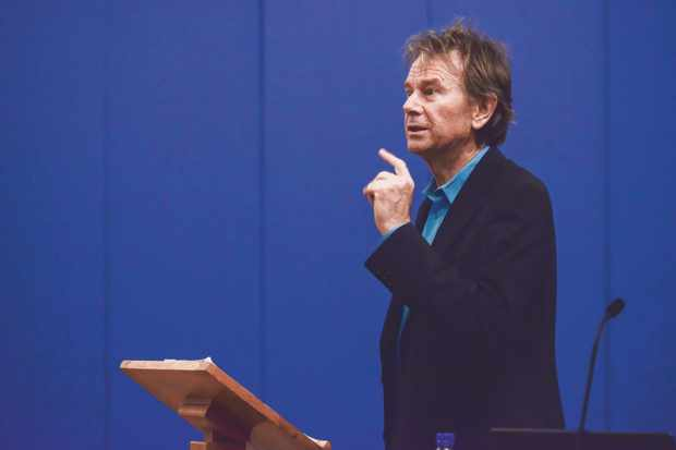 Michael Wood speaking at the York History Weekend 2017.