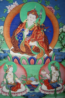 The Sage Guru Rinpoche (Padmasambhava) with his two consorts, Mandarava and Yeshe Tsogyal. (Photo by Sabena Jane Blackbird / Alamy Stock Photo)
