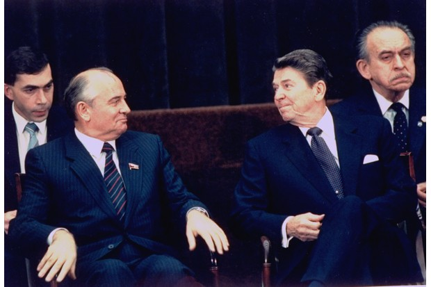 Soviet leader Mikhail Gorbachev and US president Ronald Reagan in Geneva, November 1985. (Photo by Bill Fitzpatrick/White House/The LIFE Picture Collection/Getty Images)