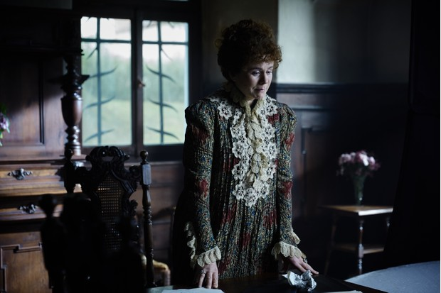 Emily Watson plays Wilde's estranged wife Constance Lloyd in 'The Happy Prince'. (Lionsgate)