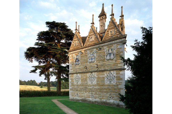 Rushton Triangular Lodge was ostensibly a warrener's lodge but the biblical references that adorn its three exterior walls tell a different story. (Photo English Heritage/Heritage Images/Getty Images)