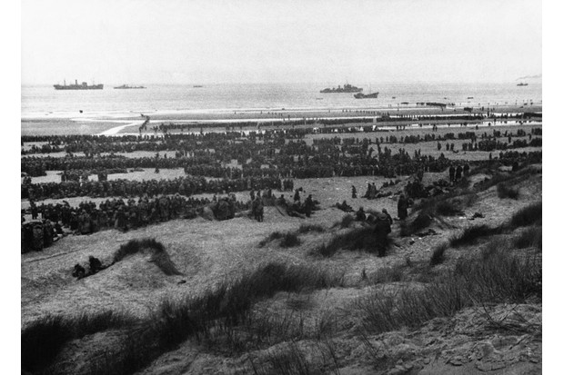 Over nine days, warships of the Royal and French navies together with civilian craft successfully evacuated over 338,000 British and Allied troops from Dunkirk. (Photo by © Hulton-Deutsch Collection/CORBIS/Corbis via Getty Images)