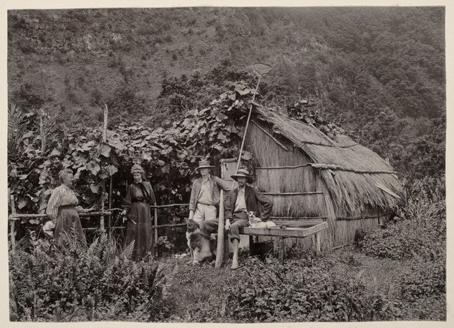 Mrs Frederica Bell, photographed with her children Freda, Roy and 'King' on the Pacific island of Raoul. (Photo courtesy of Lydia Syson/Mr Peacock's Possessions)