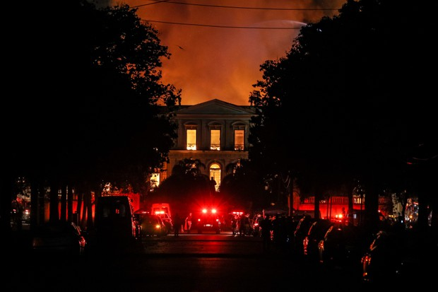 Lighting Funeral Pyre To Bring Closure >> Brazil S National Museum Fire In Context History Extra