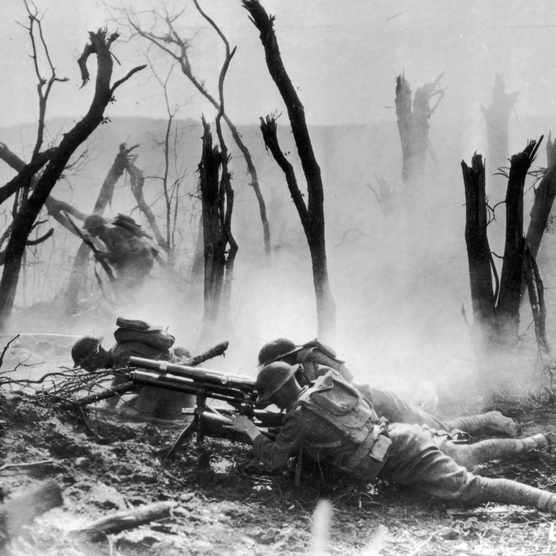 US soldiers man a machine gun post in the Argonne Forest, during the Meuse-Argonne offensive, 1918. (Photo by US Army Signal Corps/American Stock/Getty Images)