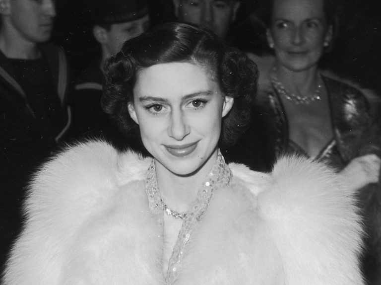 8 Facts About Princess Margaret The Queen S Younger Sister Was