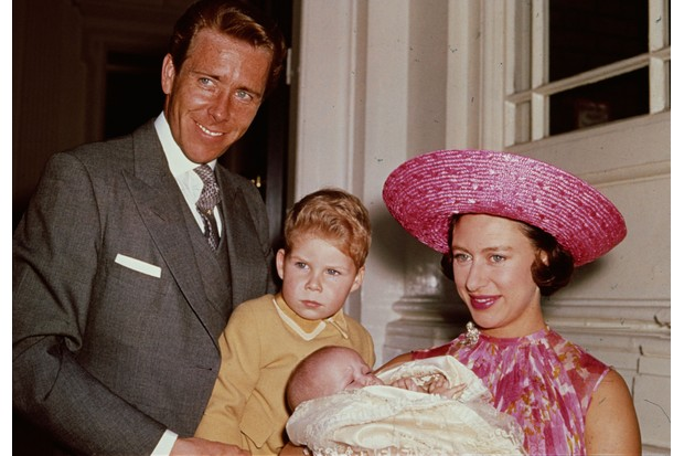 1964: Princess Margaret with Lord Snowdon and Viscount Linley at Kensington Palace shortly after the birth of her daughter, Lady Sarah Armstrong-Jones. (Photo by Fox Photos/Getty Images)