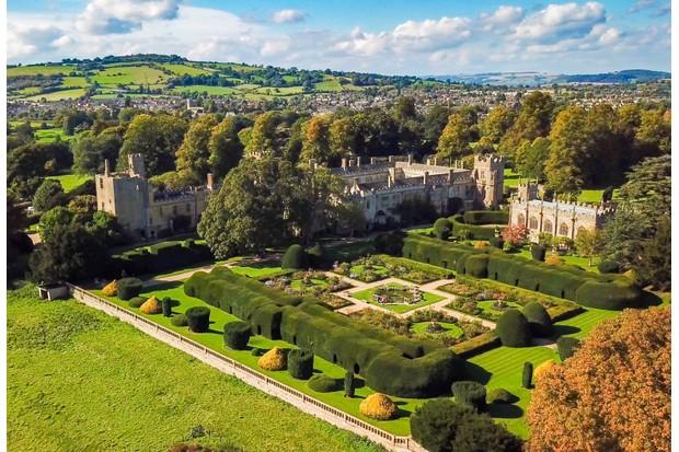 8 Amazing Tudor Castles - History Extra