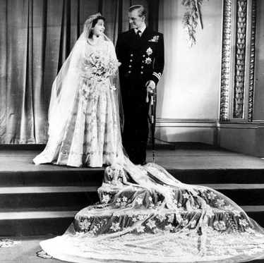 8 Unusual Royal Wedding Dresses Through History Historyextra
