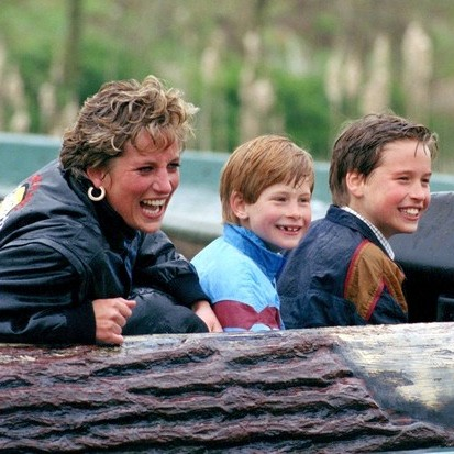 Diana, Princess Of Wales, Prince William And Prince Harry visit Thorpe Park amusement park. (Photo by Julian Parker/UK Press via Getty Images)