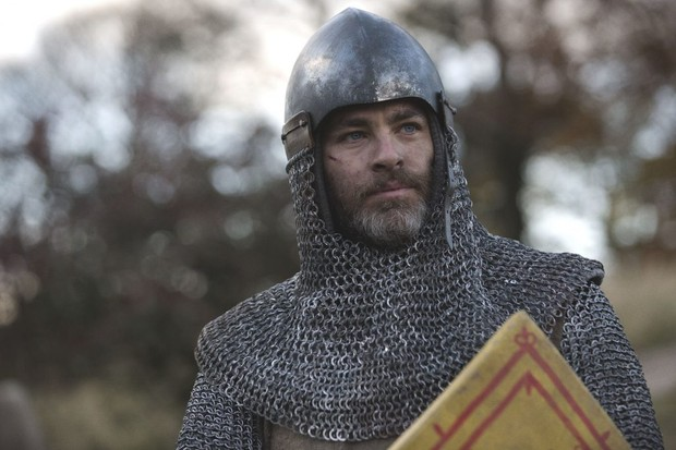 Chris Pine as Robert the Bruce in 'Outlaw King'. (Photo by Netfix / David Eustace)