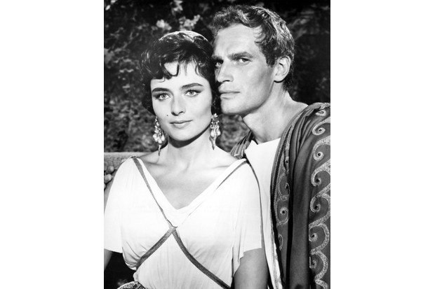 Actress Marina Berti and Charlton Heston in a scene from the movie 'Ben-Hur'. (Photo by Donaldson Collection/Getty Images)