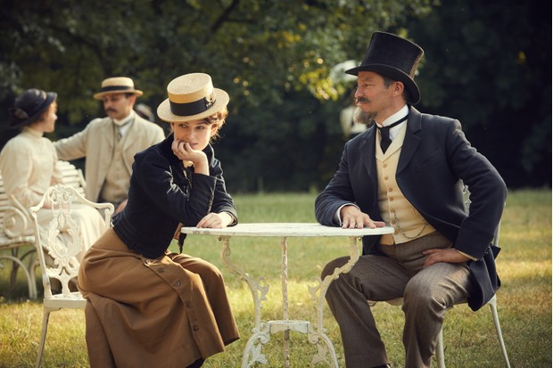 Keira Knightley and Dominic West in 2018 film 'Colette' as Sidonie-Gabrielle Colette and her husband, Henri Gauthier-Villars, aka Willy. (Photo by Colette film/Lionsgate)