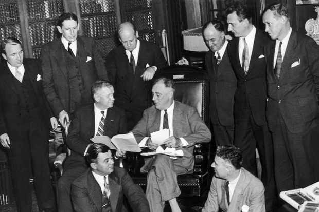 The president of the United States, Franklin Roosevelt and his staff gathered together in New York to find a solution to the economic crisis. 1935. (Photo by Keystone-France/Gamma-Keystone via Getty Images)