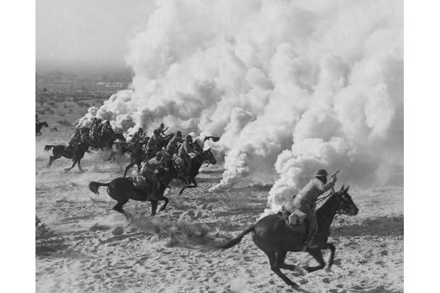 (Photo by Hulton-Deutsch Collection/CORBIS/Corbis via Getty Images)